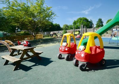 South-Moreton-Pre-School-Outside-Play111